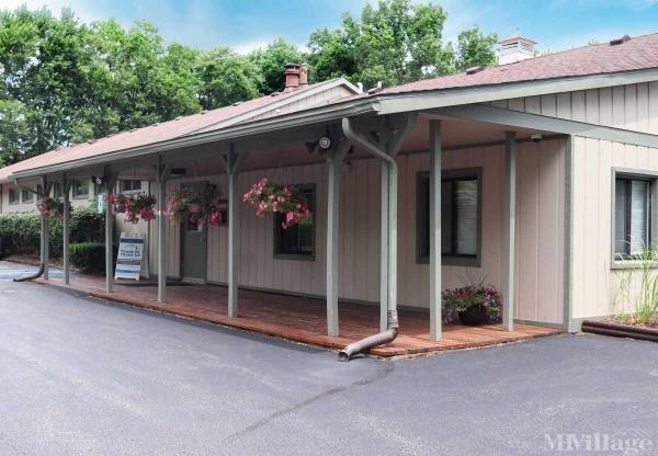 Belleville Manor Mobile Home Park in Belleville, MI