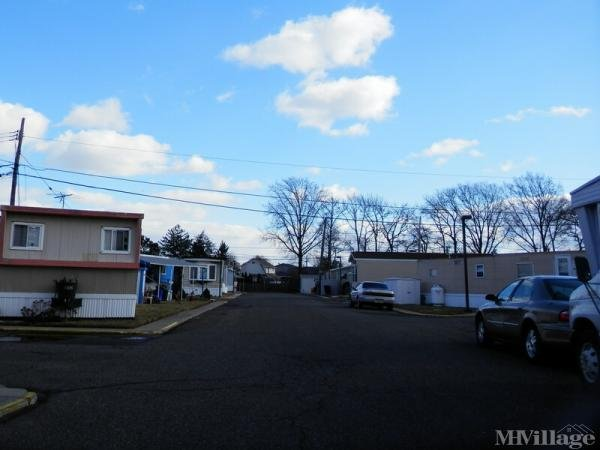Carteret Mobile Park Mobile Home Park in Carteret, NJ