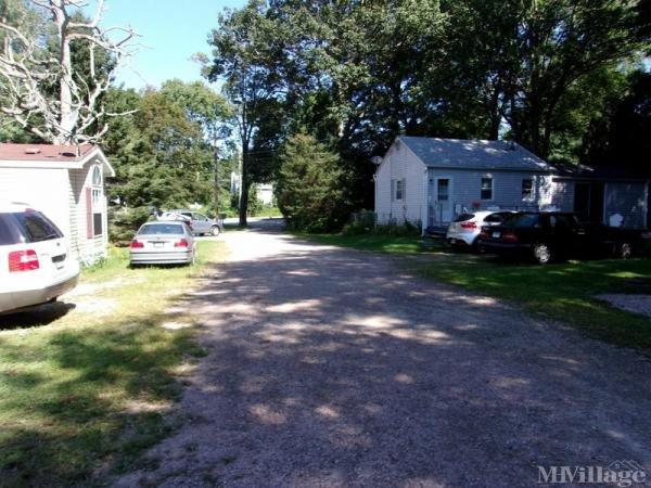 Photo 0 of 2 of park located at Wheeler Brook Road Stonington, CT 06378
