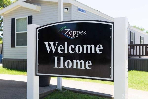 Zoppe's Mobile Home Park in Seagoville, TX
