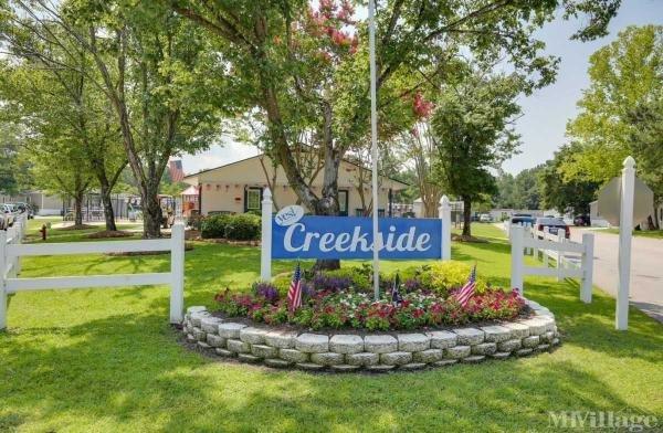 Creekside Mobile Home Park in Seagoville, TX