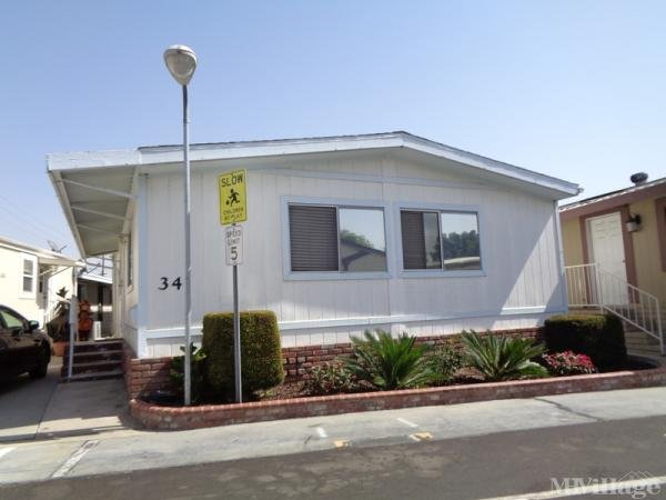 Photo of Le Fontaine Estates, Santa Ana, CA