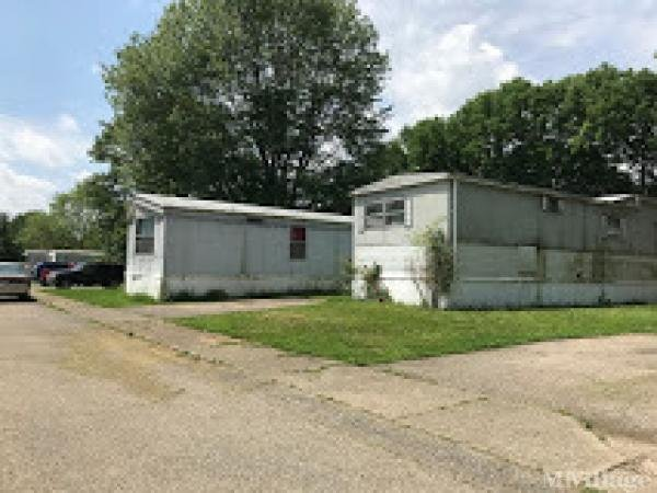 Rochester Hills Mobile Home Park in Hamilton, OH