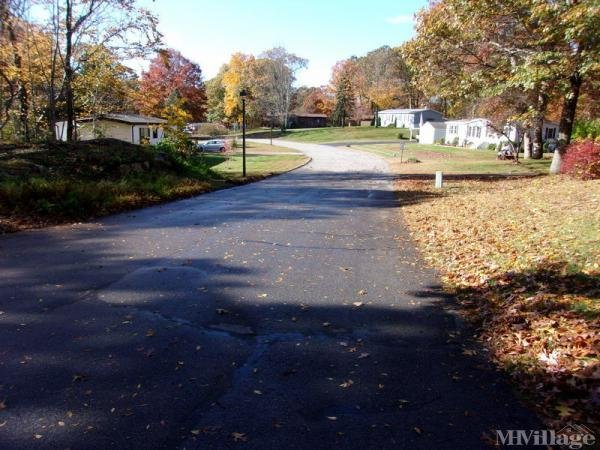 Colchester Commons Mobile Home Park in Colchester, CT