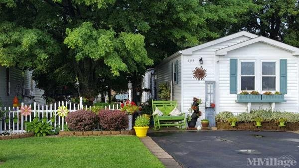 Woodlake Mobile Home Park Mobile Home Park in Millbury, OH