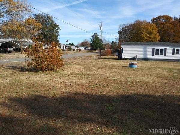 Photo of Bush Park Mobile Home Park, Wake, VA