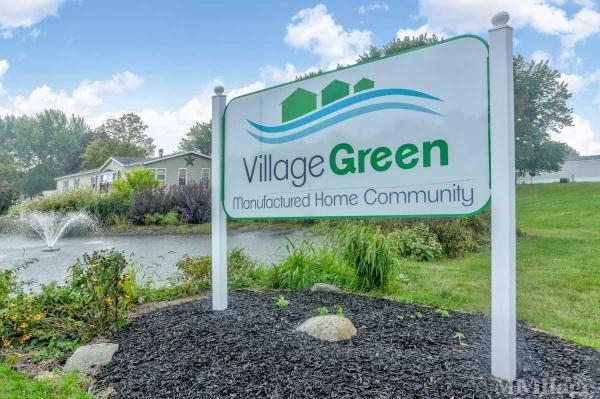 Village Green Mobile Home Park in Mishawaka, IN