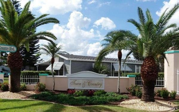 Photo of Town and Country Mobile Estates, Sebring, FL