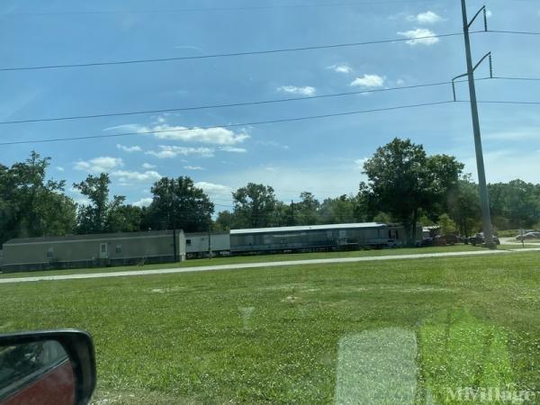 Photo 0 of 2 of park located at 100 Woodland Drive Thibodaux, LA 70301