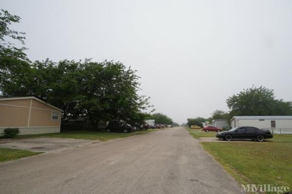 Photo of Suburbia Mobile Home Park, Killeen, TX