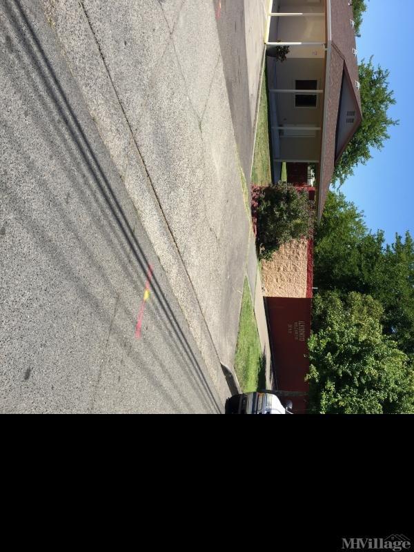 Photo of Almondwood Mobile Home Park, Sacramento, CA