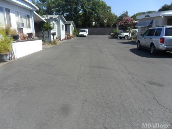 Photo of Brookside Mobile Manor, Sonoma, CA