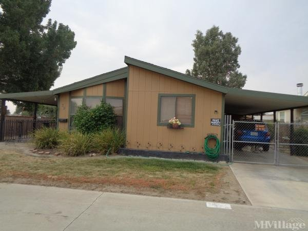 Photo of Lancaster Estates, Lancaster, CA
