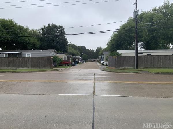 Photo of Bayou Vista MHP, Pasadena, TX