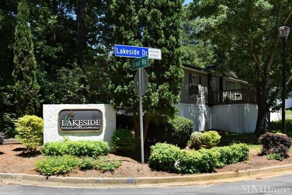 Photo of Lakeside Mobile Home Community, Ellenwood, GA