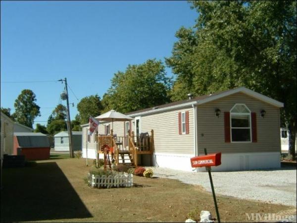 Photo of Hillcrest Manufactured Home Park, Vincennes IN