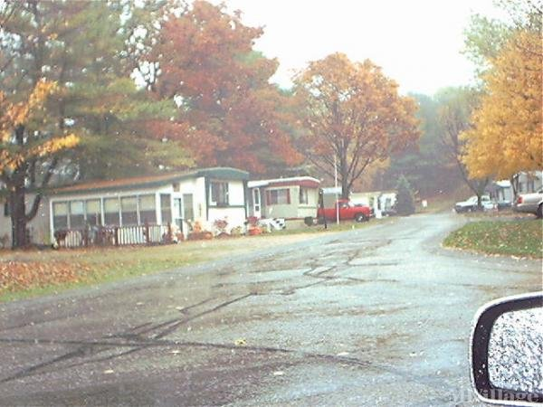 Lincoln Pines Resort Inc Mobile Home Park in Gowen, MI