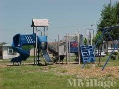 Photo 4 of 10 of park located at 7769 Kimberly Dr Newport, MI 48166
