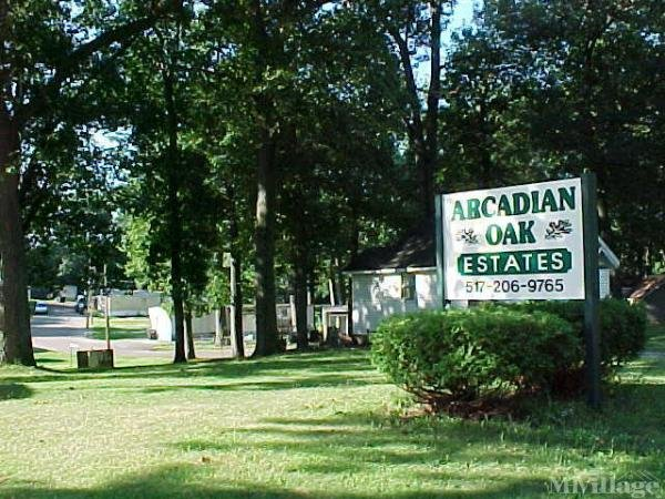 Arcadian Oak Estates Mobile Home Park in Springfield, MI