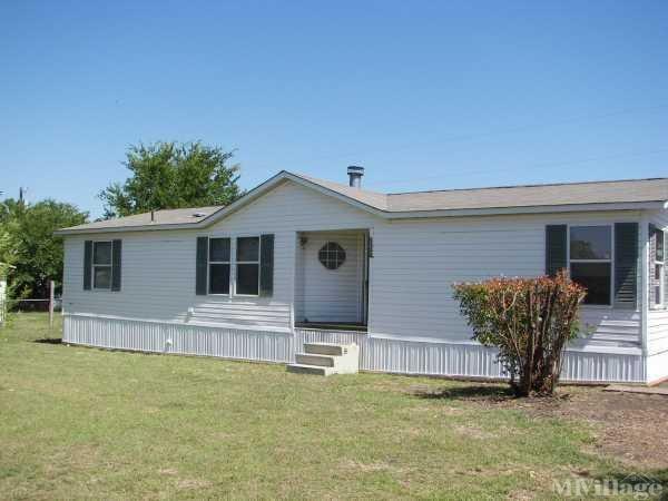 Photo of Alvarado Hills Mobile Home Community, Alvarado, TX