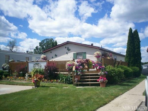 Kingsbrook Estates Mobile Home Park in Almont, MI