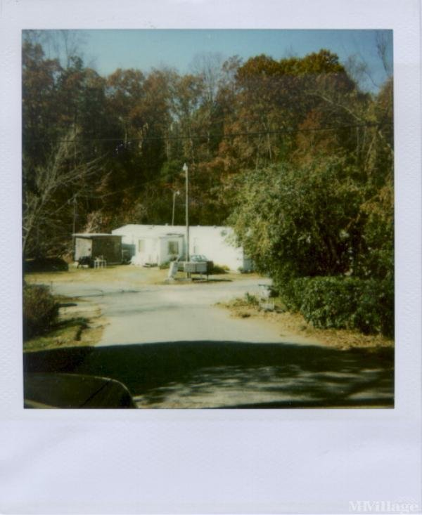 Photo of Rocky Brook Mobile Home Park, Carrboro, NC