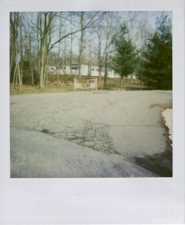 Knollwood Ct Phase I Mobile Home Park in Athens, OH