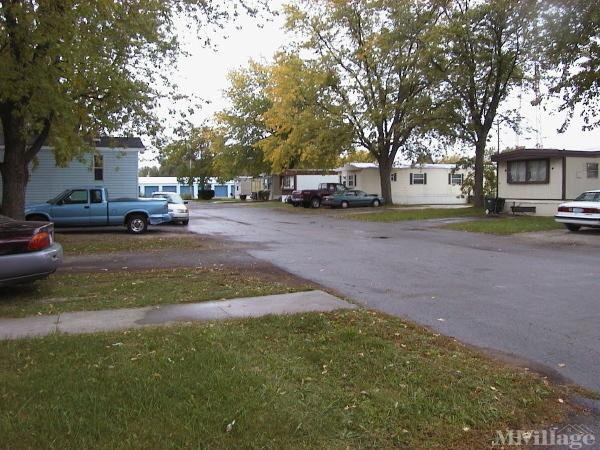 North Point Place Mobile Home Park in Fostoria, OH
