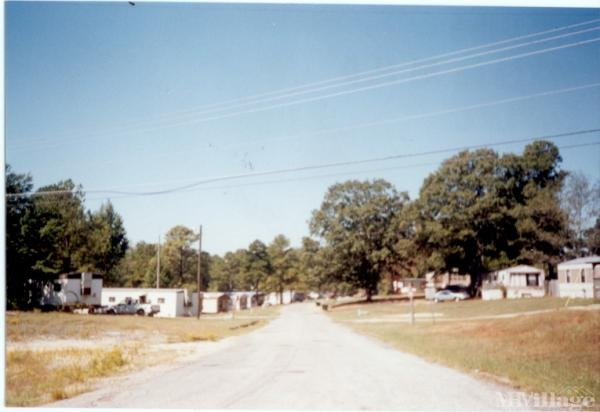 Photo 0 of 1 of park located at 14277 Highway 11 North Cottondale, AL 35453