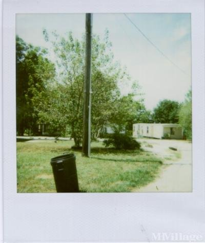 Mobile Home Park in Lowell AR