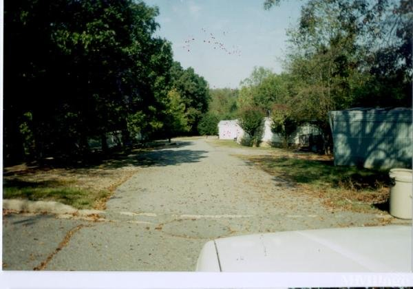 Rolling Hills Mobile Home Park Mobile Home Park in Little ...