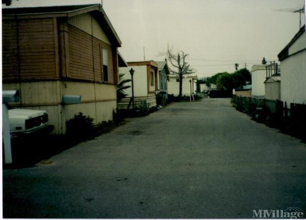 Photo of Aetna Mobile Home Park, Fontana, CA