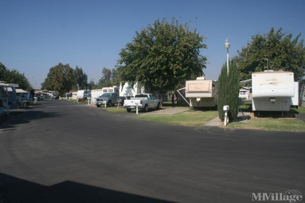 Photo of Bel Air Mobile Home Park, Hanford, CA