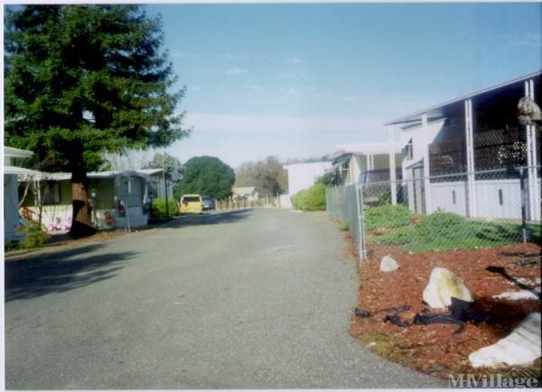 Photo of Caravan Mobile Home Park, Ukiah, CA
