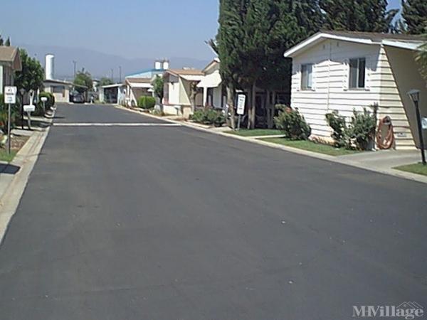 Photo of Corona La Linda Mobile Home Park, Corona, CA