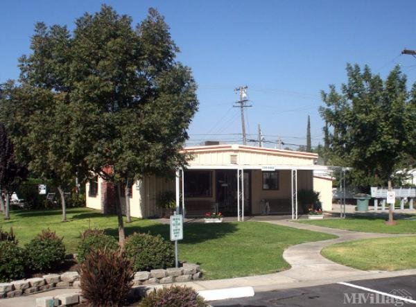 Photo of Country Manor, Visalia, CA