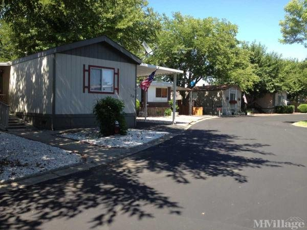 Photo of Country Village Mobile Home Park, Marysville, CA
