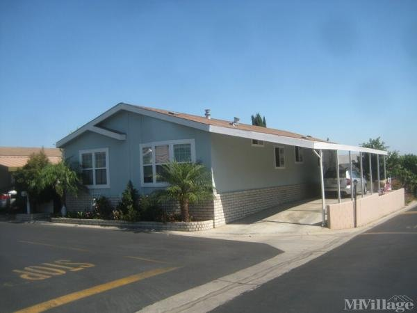 Photo of Crestmont Estates, Brea, CA