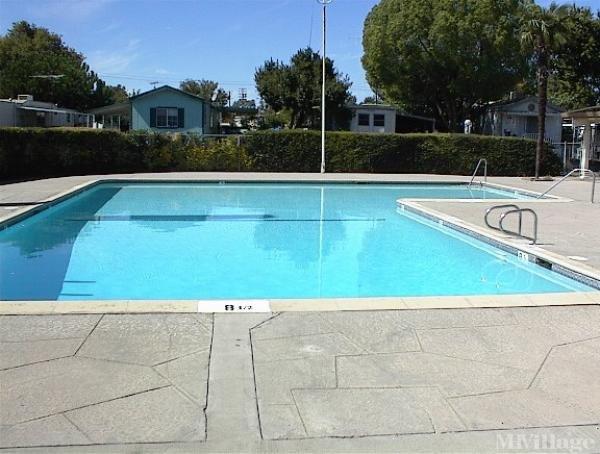 Photo of El Rancho Mobile Park, West Sacramento, CA