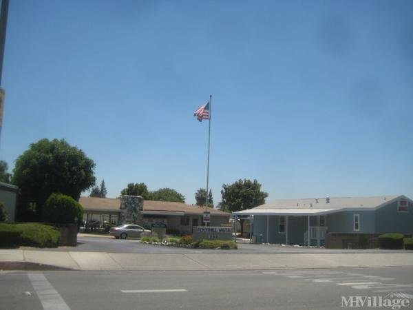 Photo of Foothill Vista Mobile Home Park, Azusa, CA