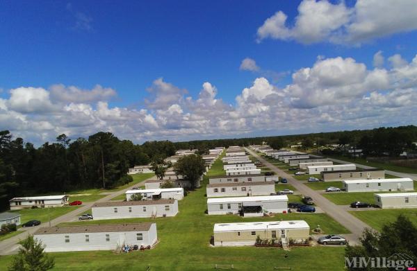 Photo of Royal Valley Mobile Home Community, Hubert, NC