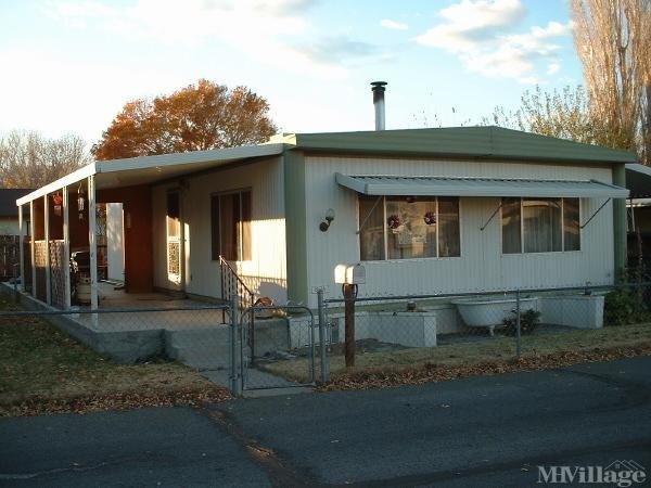 Photo of Glenwood Mobile Estates, Bishop, CA