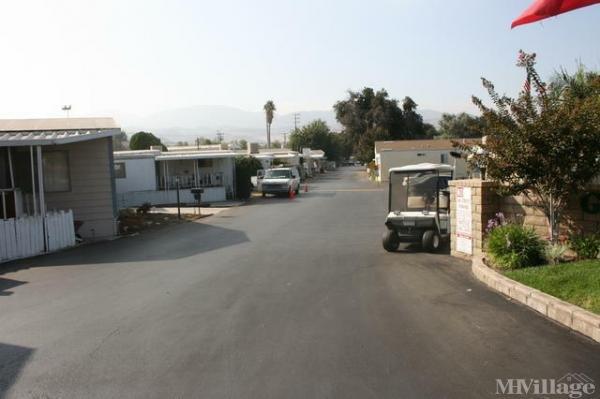 Photo of Granada Villa Mobile Home Park, Canyon Country, CA