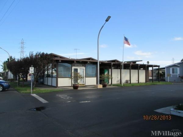 Photo of Harbor Village Mobile Home Park, Redwood City, CA