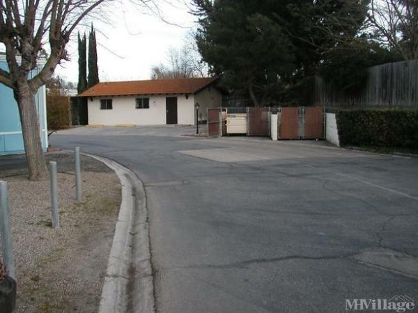 Photo of Los Robles MH Estates, Paso Robles, CA