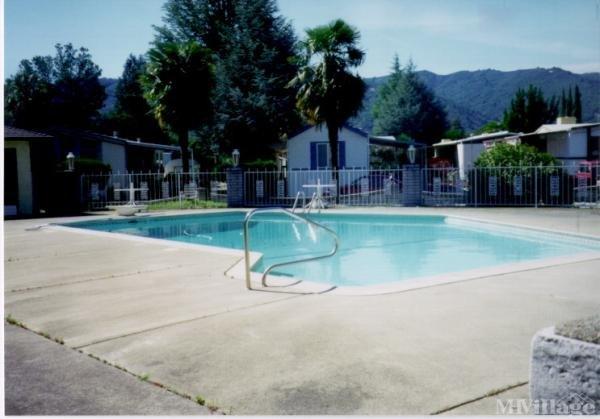 Photo of Manor Oaks Mobile Estates, Ukiah, CA