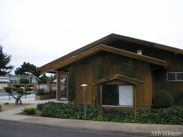 Photo of New Frontier Mobile Home Park, Mountain View, CA
