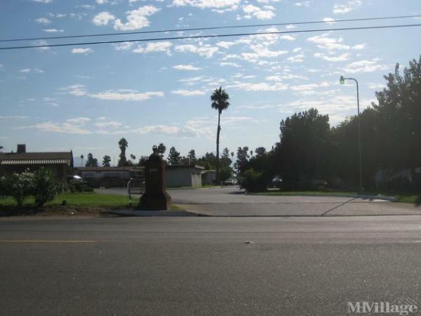 Photo of Orangewood Park For Mobile Homes, Fontana, CA