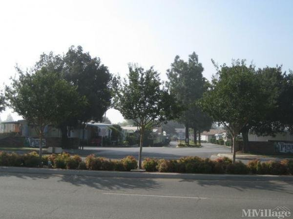 Photo of Pines Mobile Country Club, Rancho Cucamonga, CA