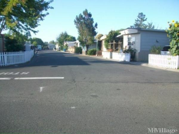 Photo of Rancho Feliz Mobile Home Community, Rohnert Park, CA